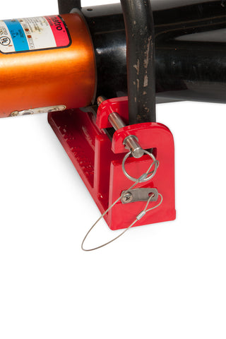 Speed pins to securely stow your tool