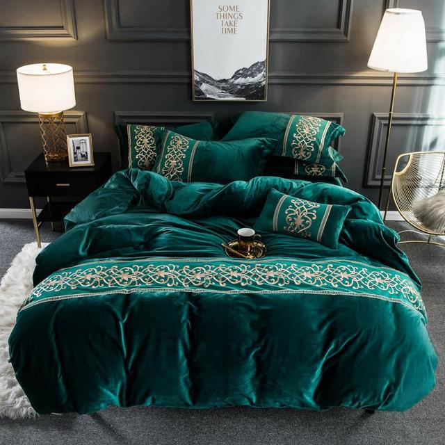 Velvet Flannel Soft Warm Duvet Cover Set with Chic Embroidery Lace Queen King size 4Pcs Bedding Set with Fitted/Flat Bed sheets