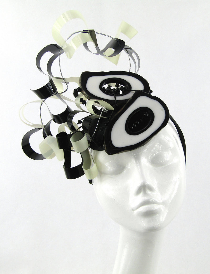 Black and White Retro Headdress