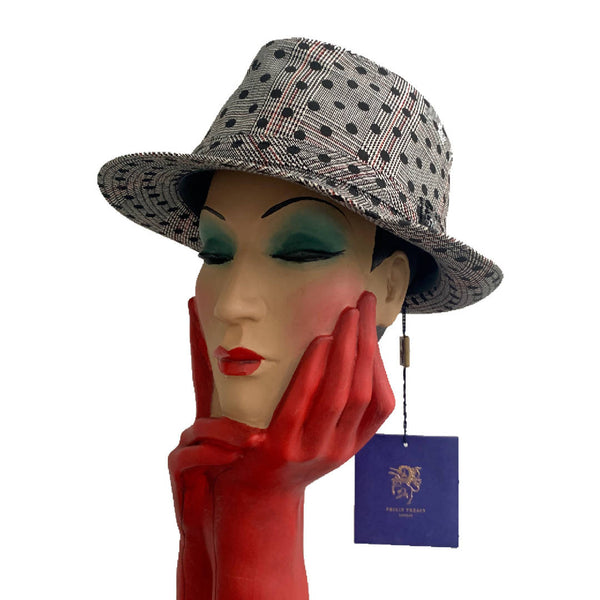Amazing Brand new special edition Philip Treacy London prince of Wales cheek Fedora cloche hat