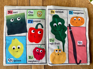 Fruit and Veg Crinkly Newspaper and Card