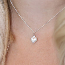 Load image into Gallery viewer, Silver brushed heart necklace