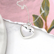 Load image into Gallery viewer, Sterling silver rounded heart necklace