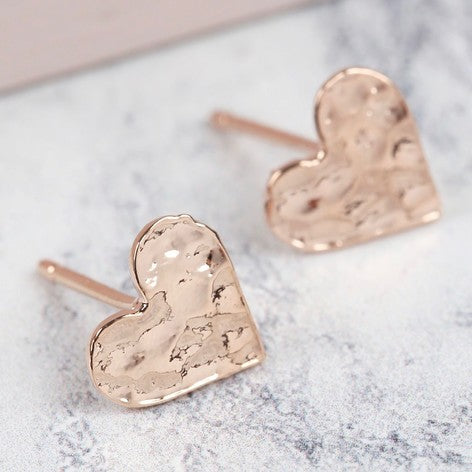 Hammered heart stud earrings rose gold