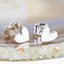 Load image into Gallery viewer, Shiny silver heart stud earrings