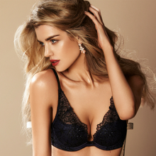 Load image into Gallery viewer, Padded Plunge Bra Gossard Graphic Floral - Mcburneyjunction