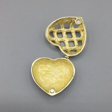 Load image into Gallery viewer, Heart Enamel Trinket Box