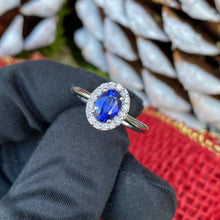 Load image into Gallery viewer, 18k White Gold Sapphire and Diamond Ring