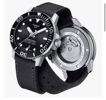 Load image into Gallery viewer, Tissot Seastar 1000 Black Face / Strap