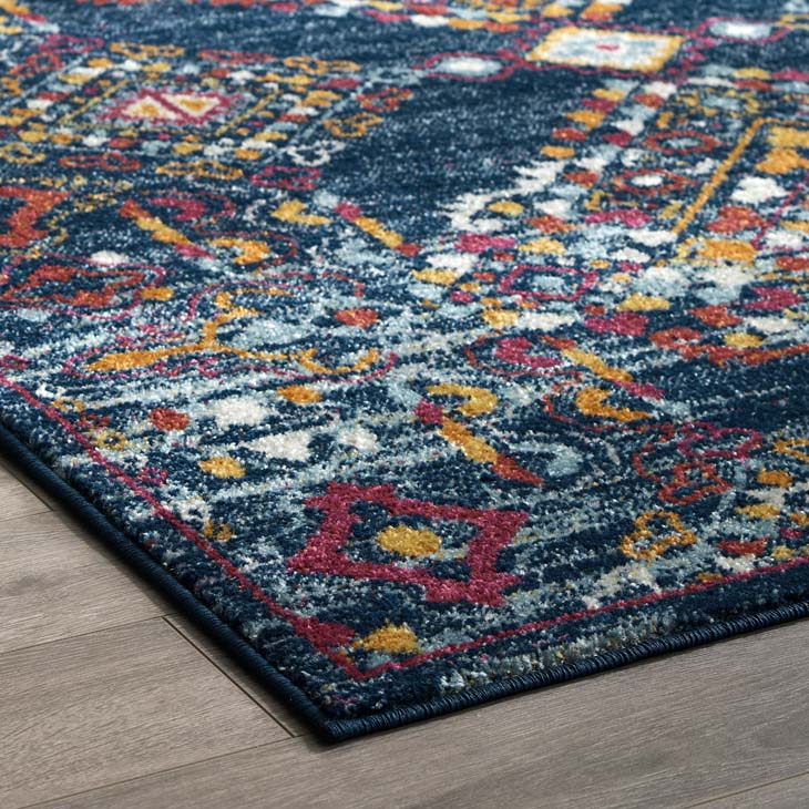 Escort Khalida Distressed Vintage Floral Lattice 5x8 Area Rug - living-essentials