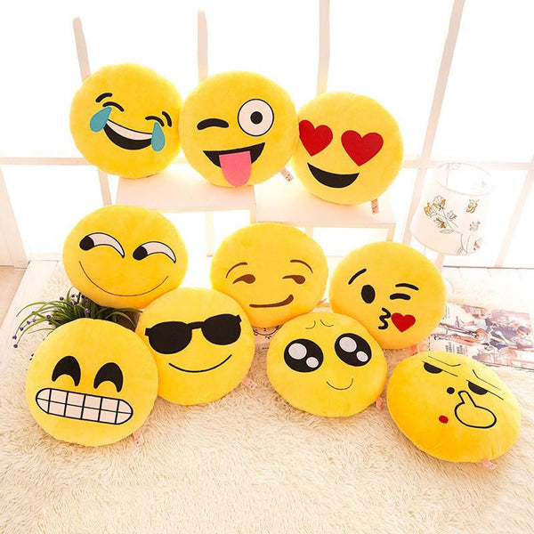 Smiley Emoji Pillow - living-essentials