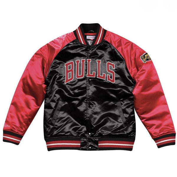 MITCHELL&NESS TOUGH SEASON SATIN JACKET BULLS