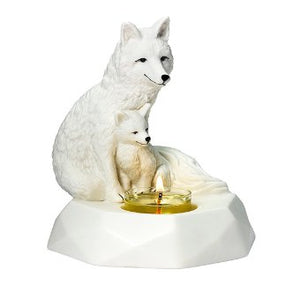 Cute and cuddly collectibles are here to keep with our Nature's Wonders range. This adorable arctic fox and her kit are perfect for winter in white porcelain. This tealight candle holder comes with its own romance card. Will you collect the full set?