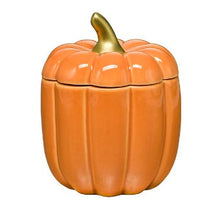 Load image into Gallery viewer, This ceramic candle is filled with our Spiced Pumpkin fragrance to match its fabulous design. The fragrance is a blend of woodland pumpkin with warming ginger and clove against undertones of creamy vanilla bean. Featuring its own pumpkin-topper lid.