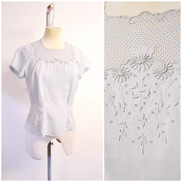 1930s 40s Pale blue fine linen embroidered lattice blouse