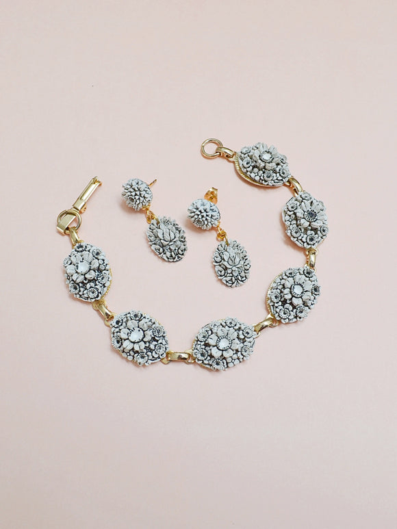 1950s Moulded floral white bracelet & earring set