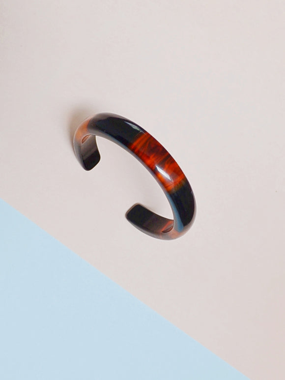 1950s Tortoiseshell & black Bakelite laminated stripe cuff bangle