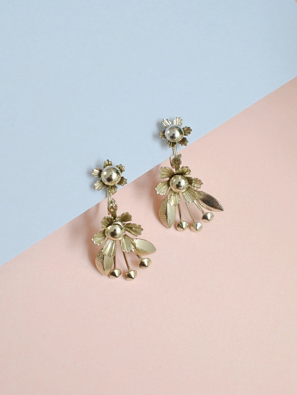 The Floral Spray earrings