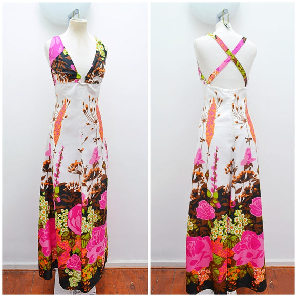 1970s O ring plunge neck graphic floral border print maxi dress - Small