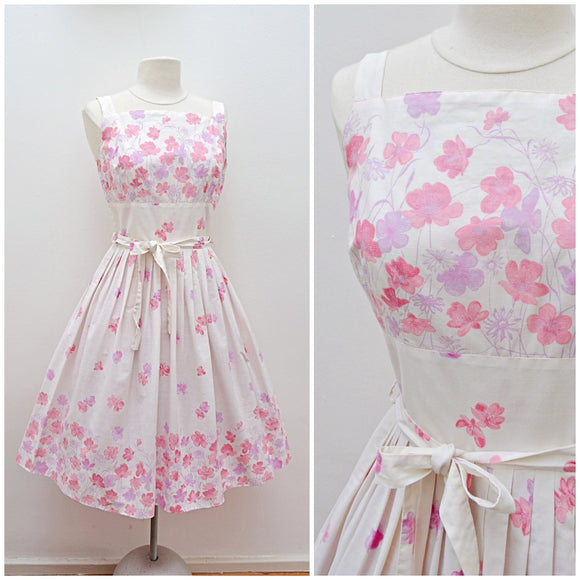 1950s Pastel pink & cream floral print cotton sun dress