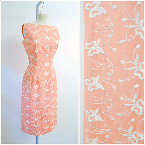 1950s Peach coral cotton embroidered wiggle dress
