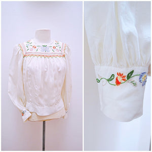 1930s Ivory silk hand embroidered & smocked peasant folk style blouse