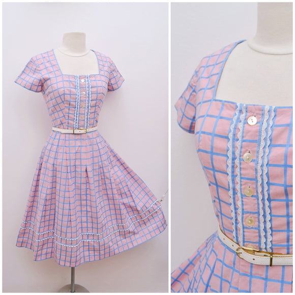 1950s Pink blue check cotton dress with pockets