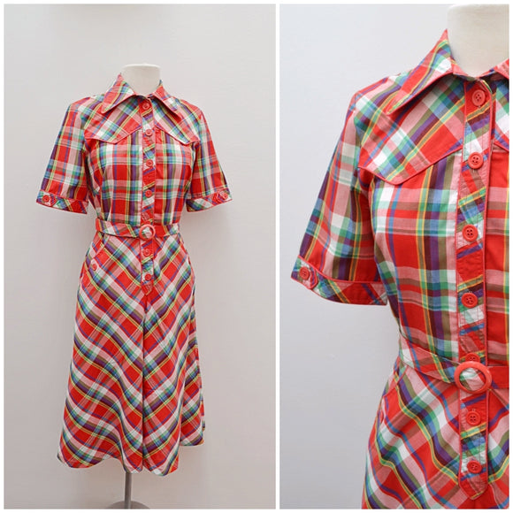 1970s Red plaid checked shirtwaister belted day dress