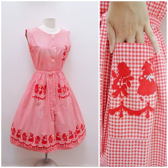 1950s Red gingham day dress with rose & gardener print