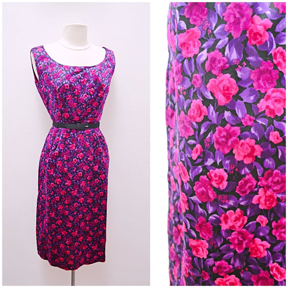 1950s Purple & pink velveteen silk rose print wiggle dress with pockets