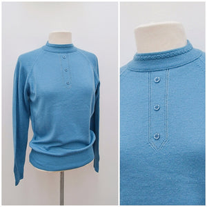 1960s Fully fashioned blue wool turtleneck sweater