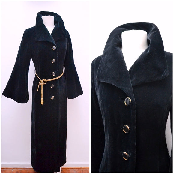 1970s Mark Russell black velvet dramatic collar flared sleeve maxi evening coat