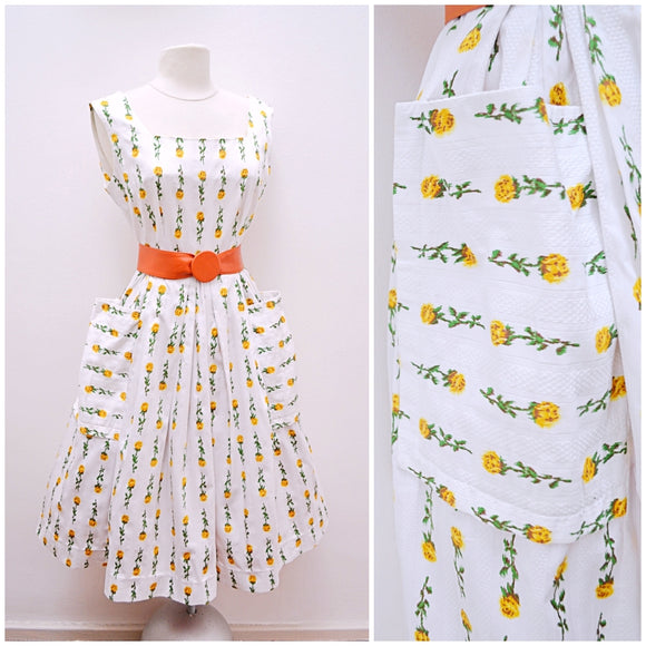 1950s White & yellow rose print cotton dress with pockets