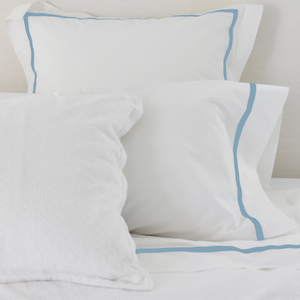 Promo: Bed Linen Set Cloud Blue (1) with FREE Pillow