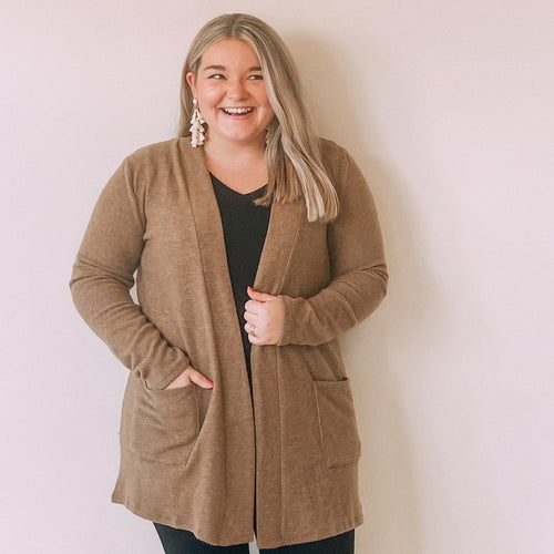Two Pocket Fleece Cardigan-Mocha