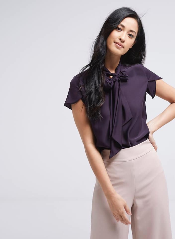 Seden Short Sleeve Tie Neck Bow Top
