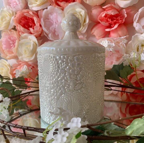 Vintage Pearl Scented Candle (840g)