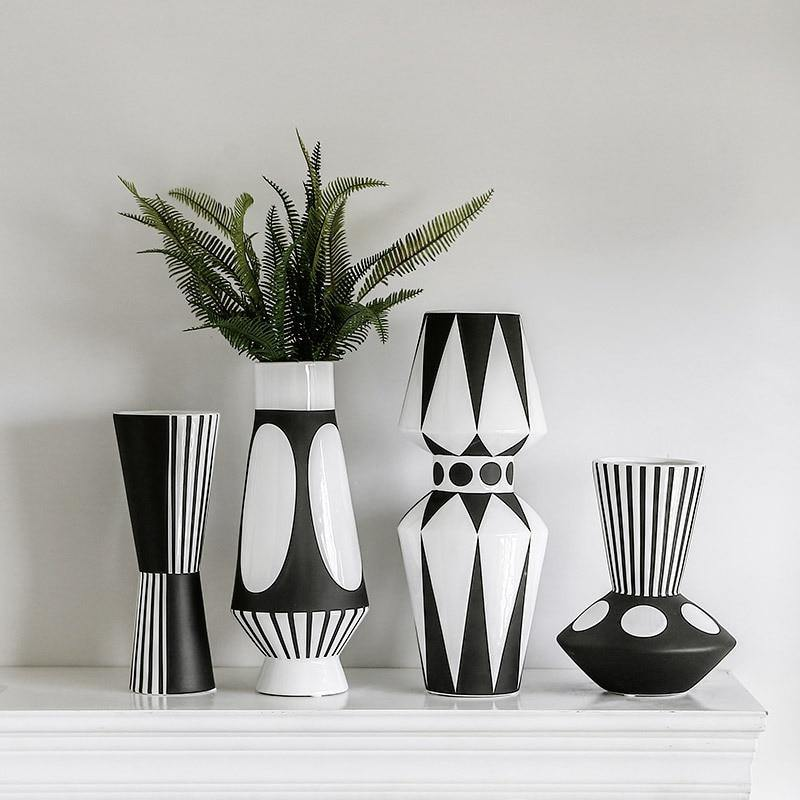 Black and White Graphic Ceramic Vase - Glamorous Hangups Ltd