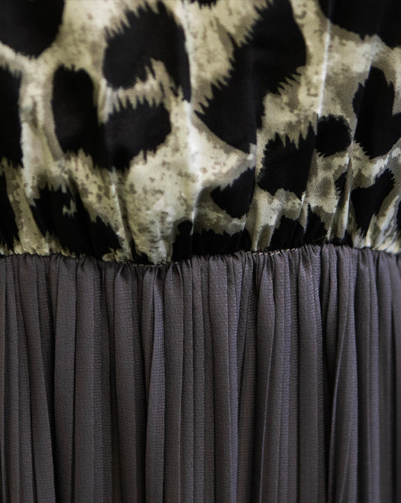Leopard Gathered Point Long Dress // Charcoal (4802976022606)