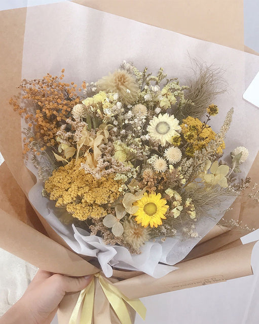 Dried Flower Bouquet - Standard (6609960632492)