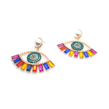 Load image into Gallery viewer, Wise Eyes Earrings