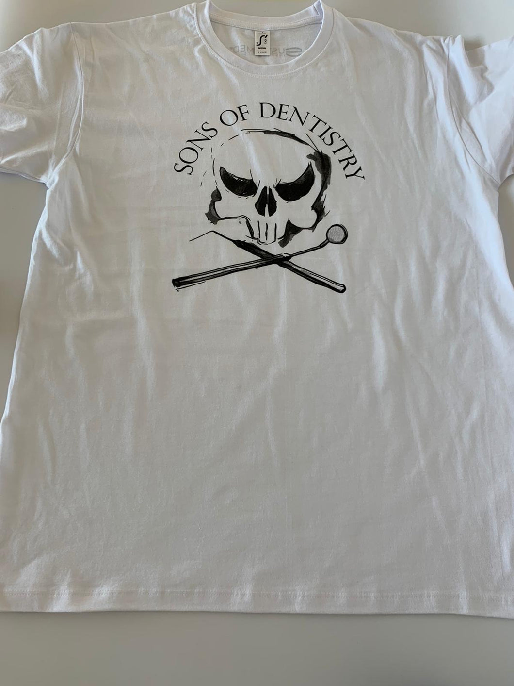 """Sons of Dentistry"" T-Shirt Herren in weiss"