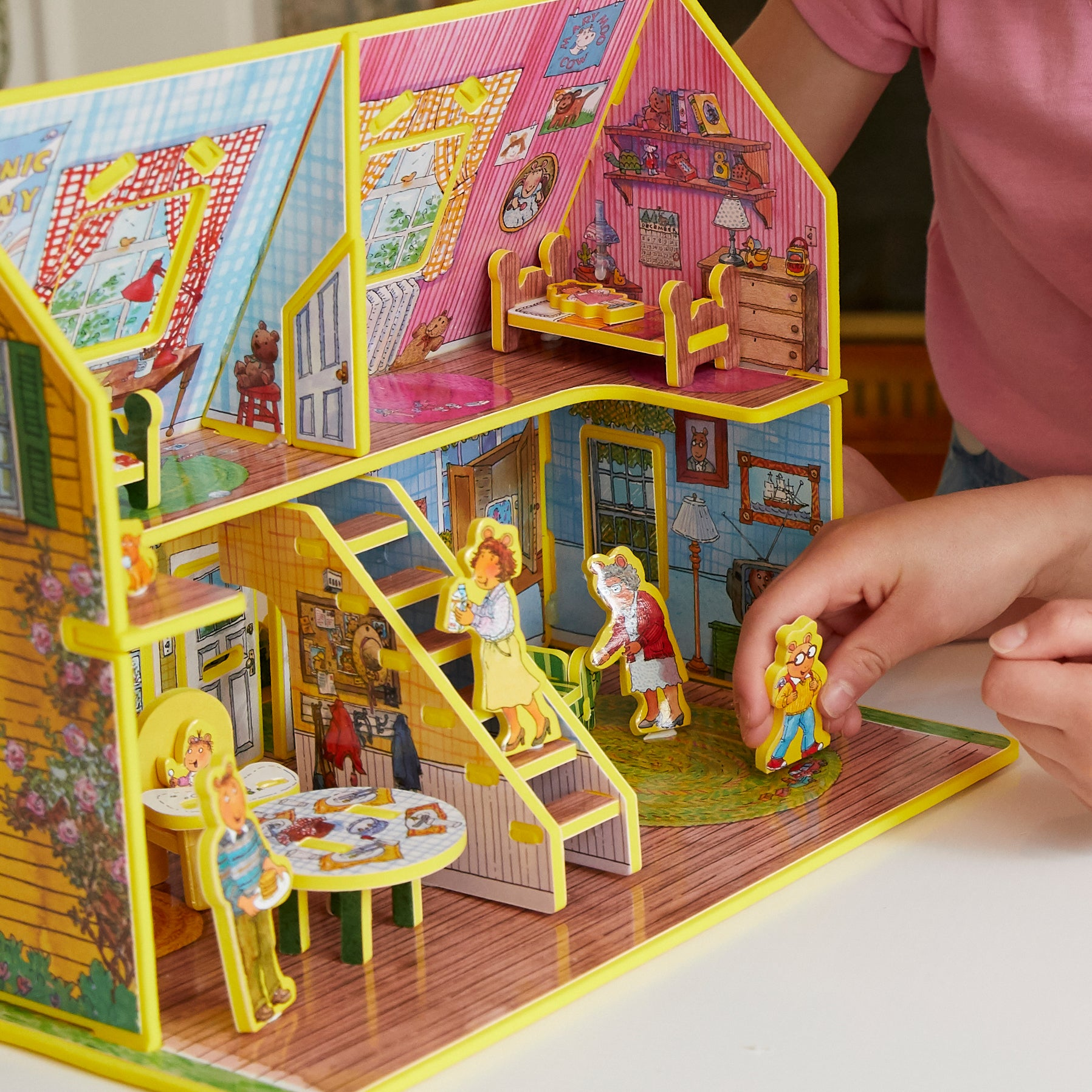 Arthur's Toy House Book and Playset