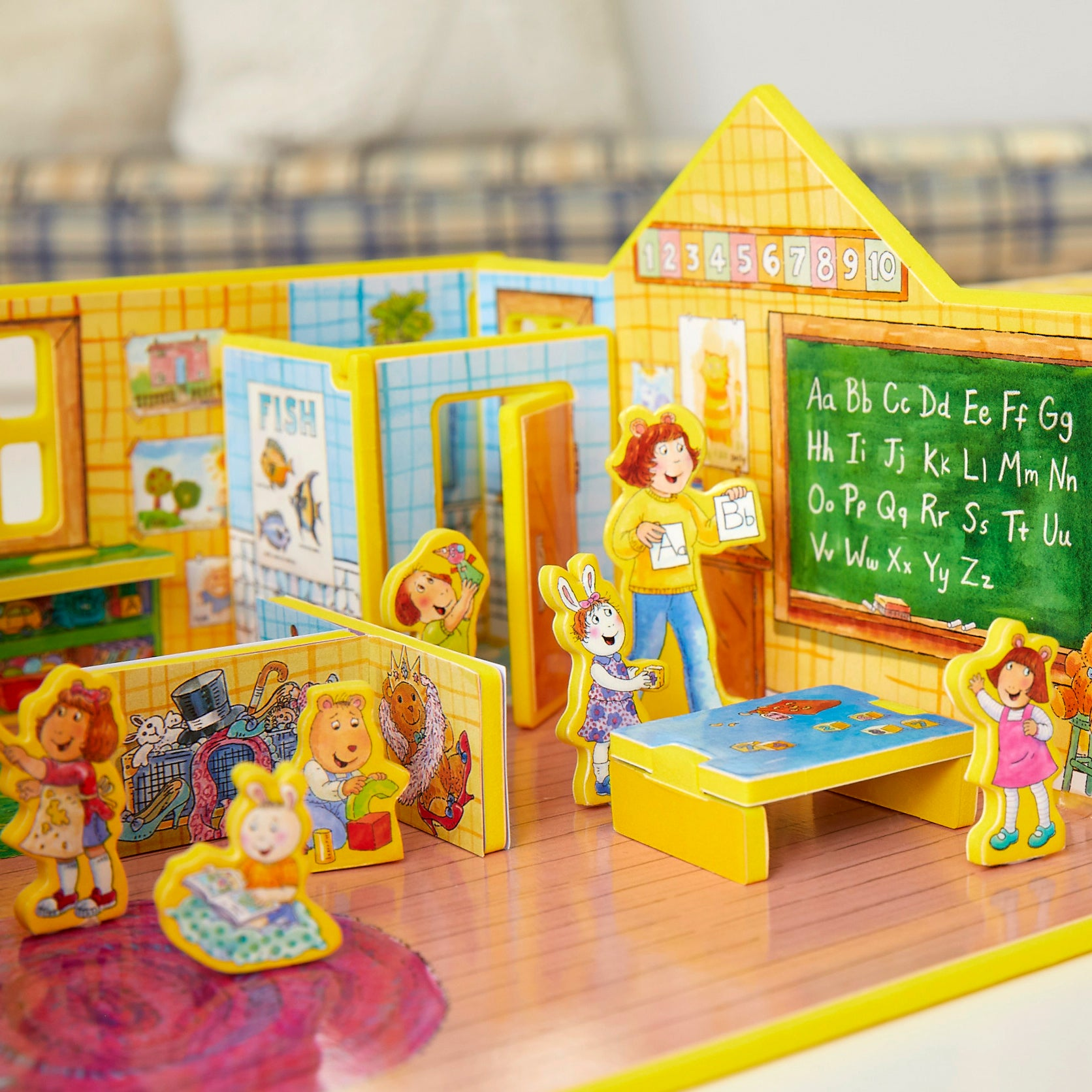 DW's First Day of Preschool Book and Playset