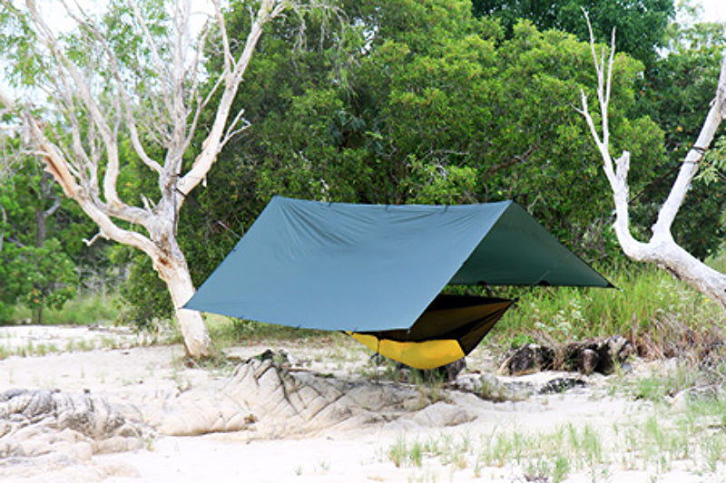 DD_SuperLight_Tarp_3x3_Olive_Green_04_RC3CJY4K774V.jpg