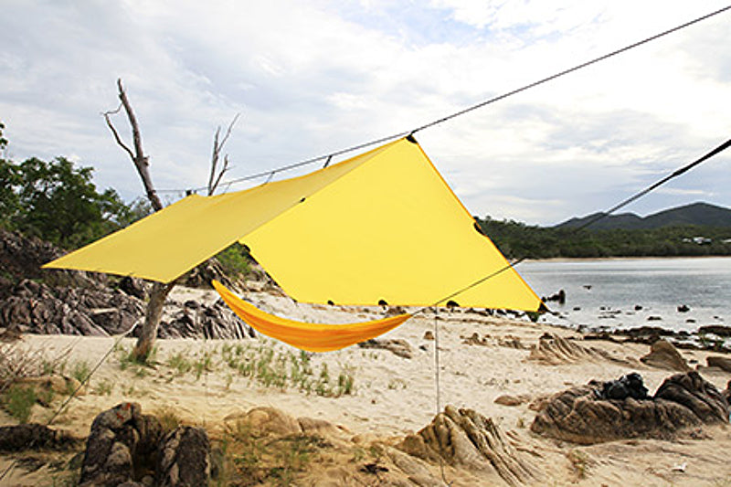 DD_SuperLight_Tarp_3x3_Yellow_01e_R84CGS2JTO2Q.jpg