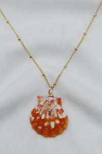 Kolohe Heart Sunrise Shell Necklace
