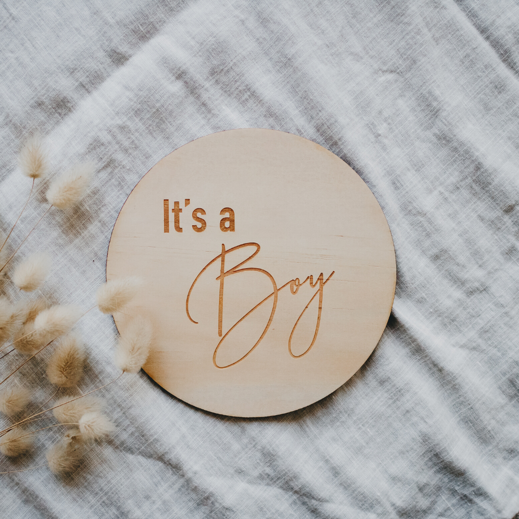 'It's a Boy' - Wooden Milestone Announcement Disc