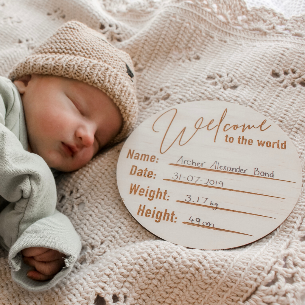 'Welcome To The World' - Wooden Birth Announcement Disc