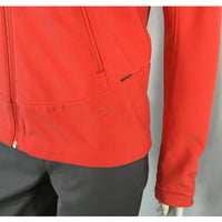 Avia orange jacket logo and pocket detail